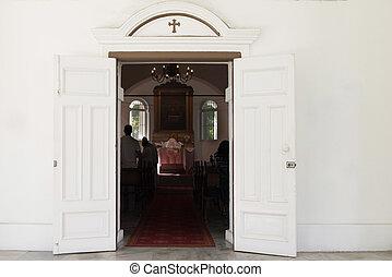 entrada, con, abierto, puertas, en, viejo, Chrisrian,...