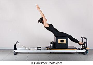 Gymnastics pilates - ABS on the short box position. Pilates...