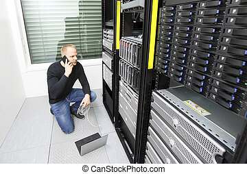 Problem solving IT consultant in datacenter - It engineer or...