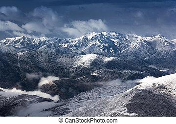 mountain snow landscape view - mountain snow at mirror lake...