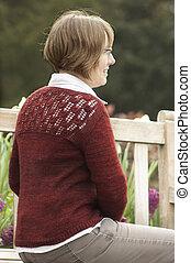 Desgastar, senhora, suéter, parque