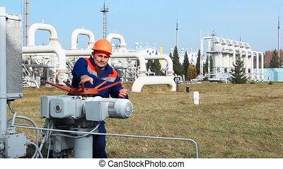 worker opens recirculation valve