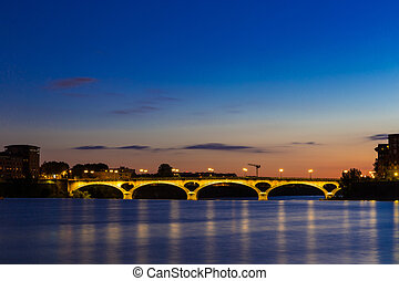 Pont Des Catalans lit up at night - Pont Des Catalans in...