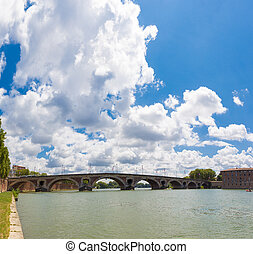 Bridge Pont Neuf across the Garonne in Toulouse - Bridge...