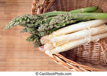 Asparagus - fresh Asparagus in a basket