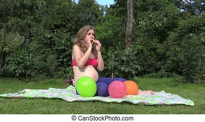 pregnancy girl balloon - pregnant girl blow yellow balloon...