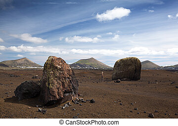 Huge volcanic bombs in Lanzarote - Hugh volcanic bombs in...