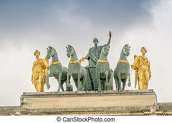 Arc de Triomphe du Carrousel in Paris.