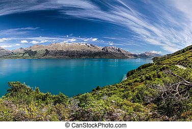 Lake Wakatipu between Queentown and Glenorchy, Otago, South...