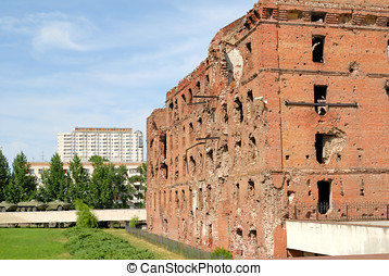 Museum - panorama Stalingrad fight - The destroyed mill...