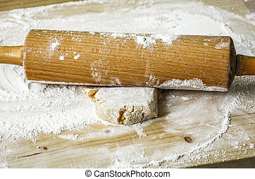 Rolling pin and pastry