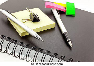 personal organizer, post-its, pen, pencil and steel clip -...