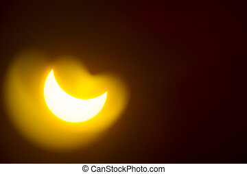 Eclipse of the sun - Astronomical photos of the partial...