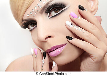Fashion nails and makeup. - Fashion nails and makeup with...