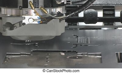 Mechanical processing a workpiece - Processing a workpiece...