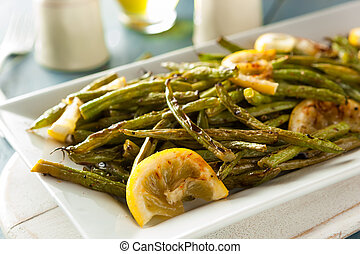 Homemade Sauteed Green Beans with Lemon and Garlic