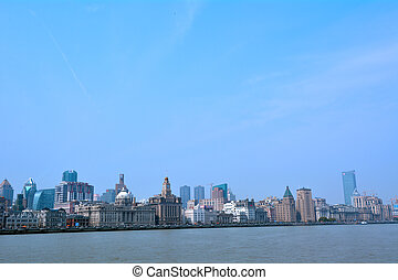 Shanghai - The Bund or Waitan skyline - SHANGHAI, CN - MAR...