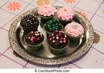 Cupcake - Sort of various cupcake in a silver plate