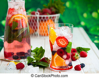 Fruit and berry punch - Fruit and berry summer punch