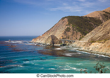 Bixby Creek Arch Bridge, near Big Sur in California, USA