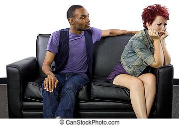 interracial, pareja, lucha,