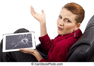 Broken Screen - complaining about a broken tablet screen