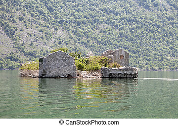 Abandoned prison on Skadar lake - Ruins of an island prison...