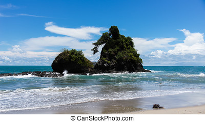 Espadilla south beach, Manuel Antonio National Park, Costa...