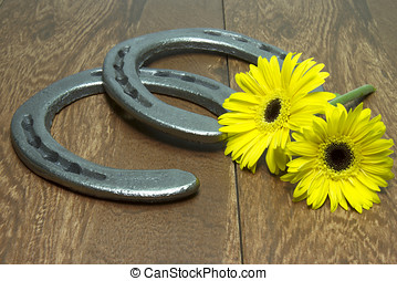 Preakness Stakes Black Eyed Susans with Horseshoes on Wood -...
