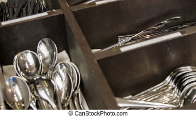 What is better than restaurant - Drawer for cutlery. Great...