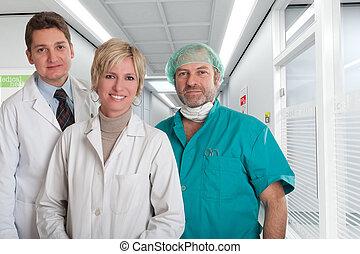 médico, tranquilizante, equipe