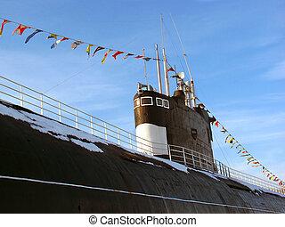 ruso, Submarino, adornado, guirnalda, banderas