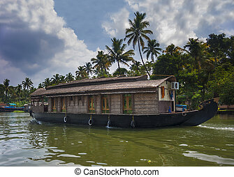 Kerala waterways and boats - The open waterways of the...