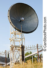 Parabolic antenna. - Parabolic antenna for satellite...