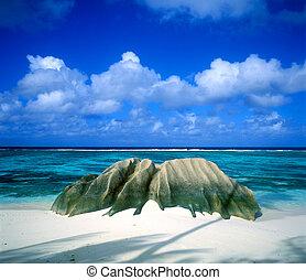 Anse Source DArgent, La Digue, Seychelles