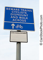 Warning for cyclist railway level crossing, UK