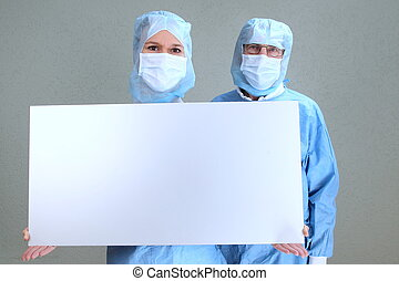 Two doctors in a OP with an empty board - Two doctors in a...