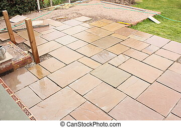 Building a natural stone patio - The construction and...