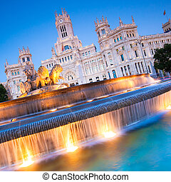 Plaza de Cibeles, Madrid, Spain - Plaza de la Cibeles,...
