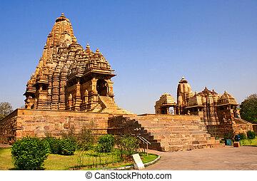 Kandariya Mahadeva Temple, Khajuraho, Madya Pradesh, India -...