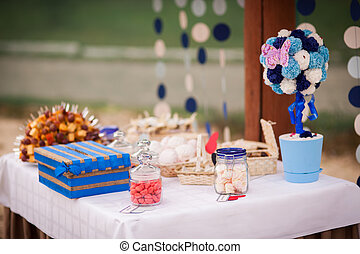 wedding candy bar - Stylish Autumn wedding a beautiful bride...