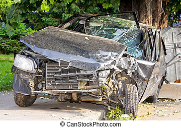 Head on crash - Fatal car accident with head on collision