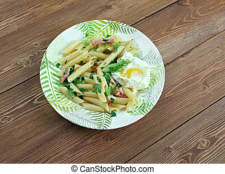 Penne Florentine with bacon and poached egg