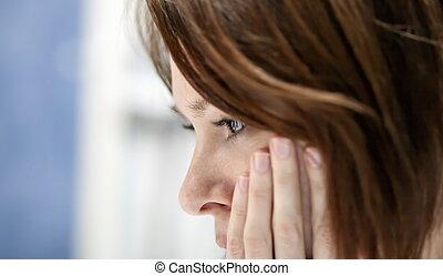 triste, mulher, em, desespero,
