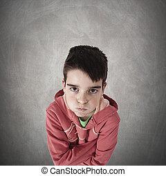 criança, com, zangado, expressão, holofote,