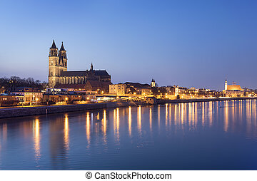 Night scene Magdeburg - Night scene city Magdeburg with...