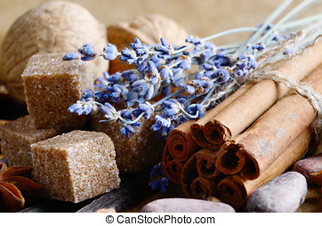 Vanilla, cinnamon, cocoa, anise and cloves - Cinnamon,...