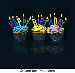 Cupcakes, stavning, ute, lycklig, Födelsedag