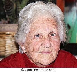 old woman portrait - a beautfiul portrait of a caucasian...