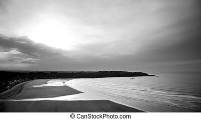 The tide in B&W timelapse - clean - Time-lapse scenery in...